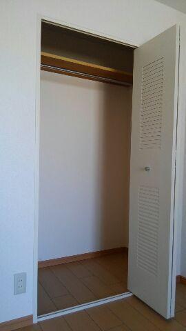 ベルクハウス 03010号室の駐車場