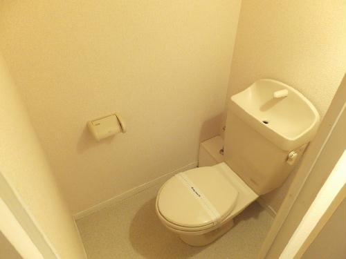 レオパレスクォーレ 101号室のトイレ