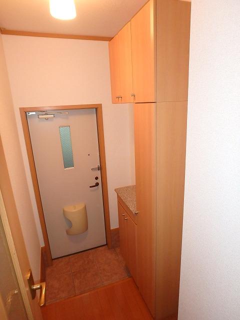 ヴァルトハウス 01040号室の玄関