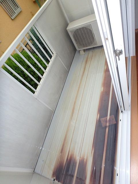 ヴァルトハウス 01040号室のバルコニー