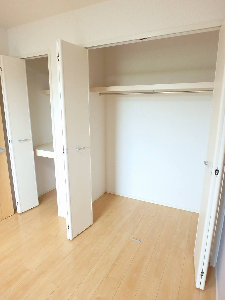 ル シャルマン K 02020号室の収納