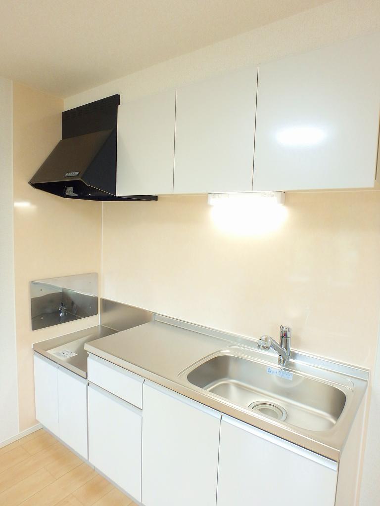 ル シャルマン K 02020号室のキッチン
