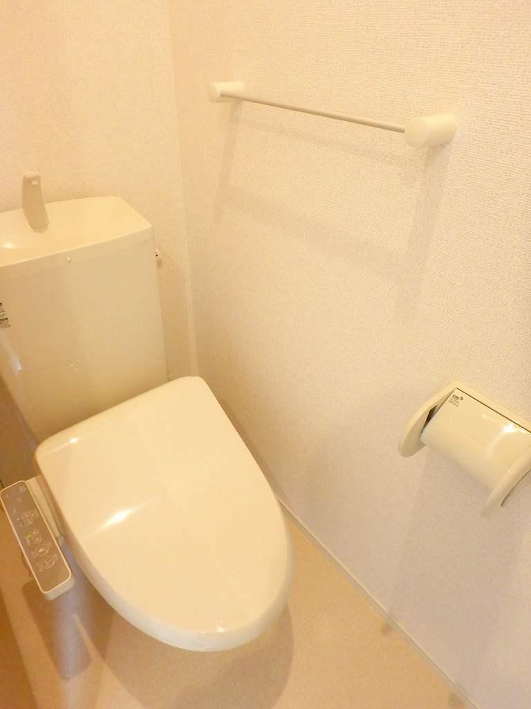 ル シャルマン K 02020号室のトイレ