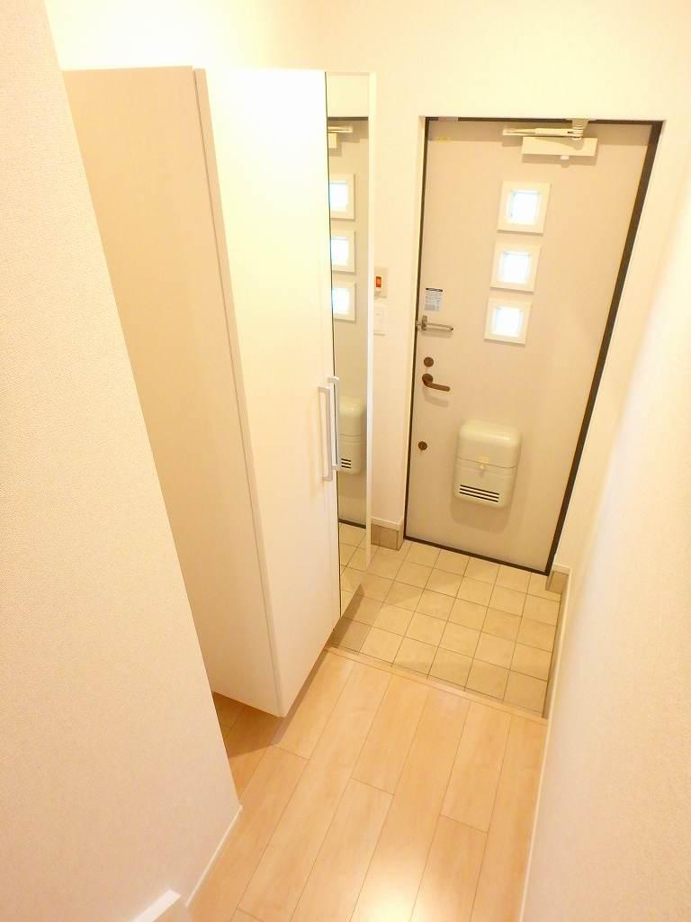 ル シャルマン K 02020号室の玄関