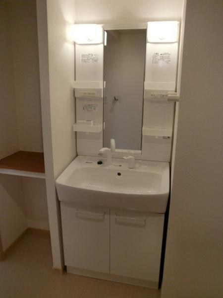 エスペランサⅠ 01010号室の洗面所