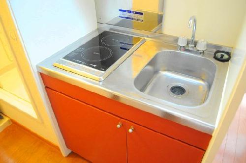 レオパレスSORAI2000 201号室のキッチン