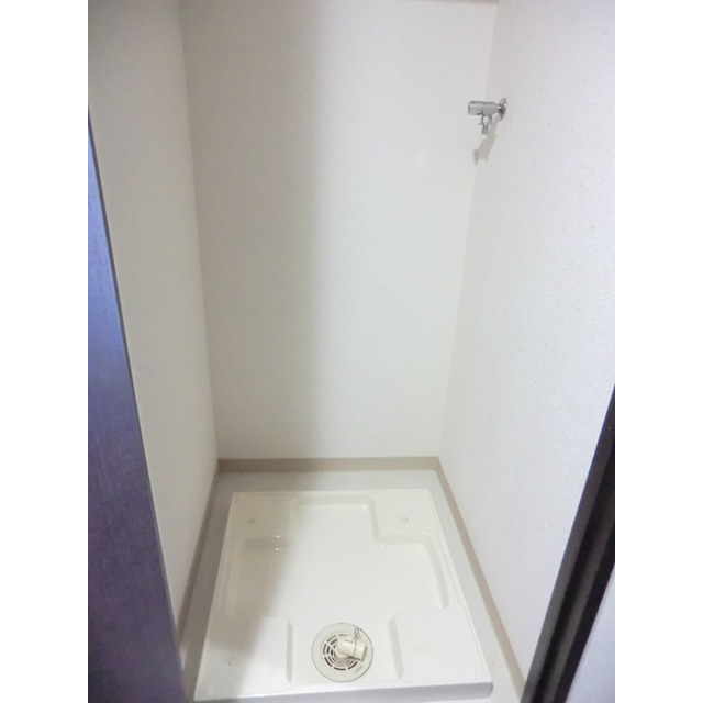 ADレジデンス久我山 201号室の洗面所
