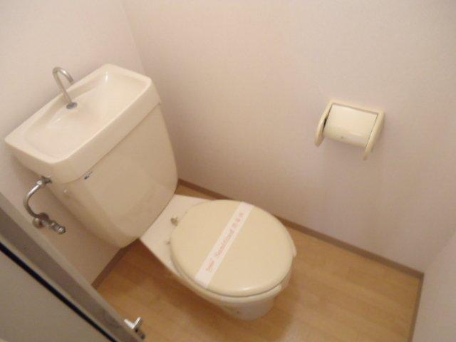ハッピーパレス北棟 00205号室のトイレ