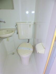 サカイハイツV 302号室のトイレ