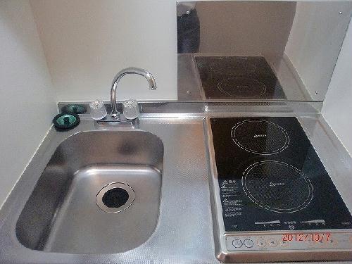 レオパレスリバーサイド室町 202号室のキッチン