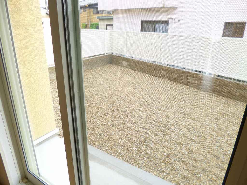 ルミナス 01030号室の庭
