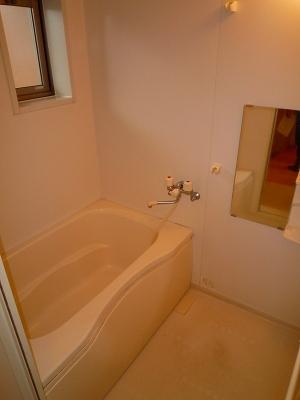 ボヌール・フーカ 202号室の風呂