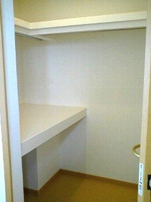 プリート 01040号室の収納