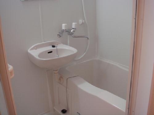 レオパレス水向 206号室の風呂