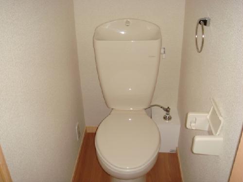レオパレス水向 206号室のトイレ