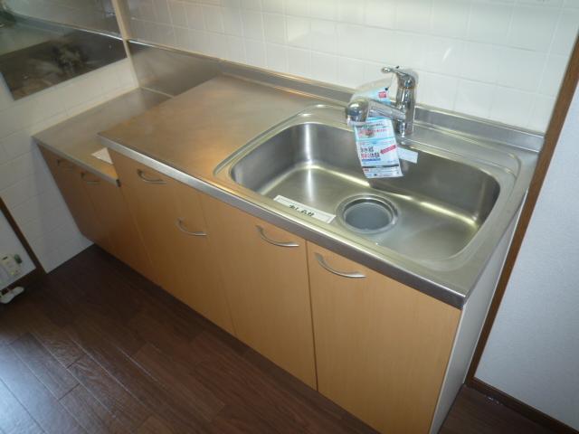 エバーフィールド 03040号室のキッチン