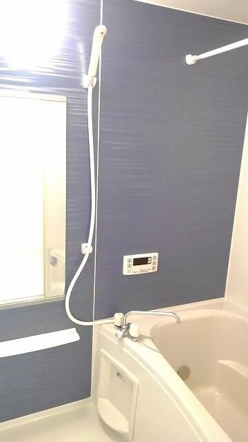 グラン・コート スピカⅡ 01010号室の風呂
