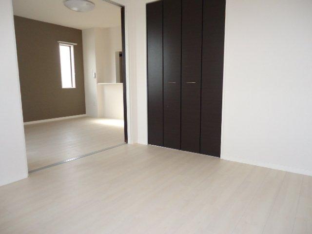 S-ペニンシュラ 201号室の収納