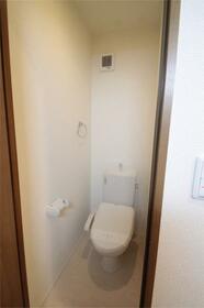 コート亀沢 202号室のトイレ