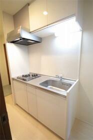 コート亀沢 202号室のキッチン