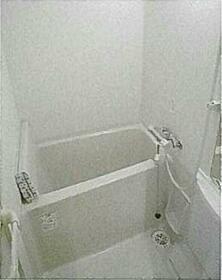 レアシス練馬 302号室の風呂