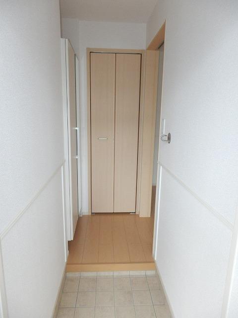 ラ・クープ 01020号室の玄関