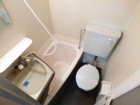 メゾン・ド・シェル 0103号室の風呂