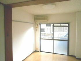 ラフィネ仙川 201号室のキッチン