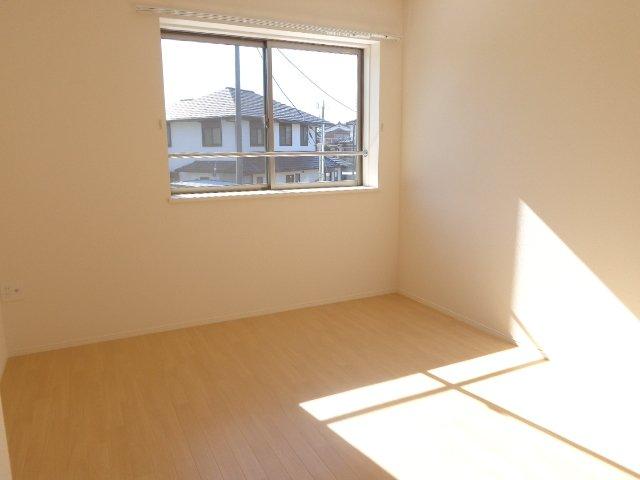 スターライズ 202号室の居室