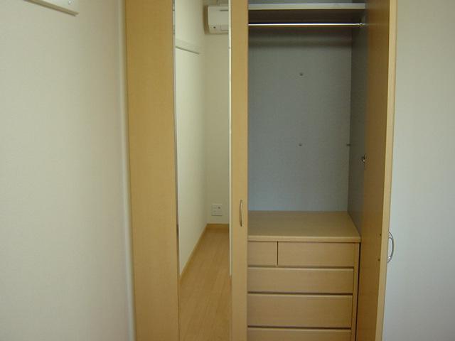 ラ メゾン デ ショコラ 206号室の収納
