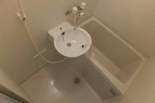 レオパレスT BOX Ⅰ 101号室の風呂