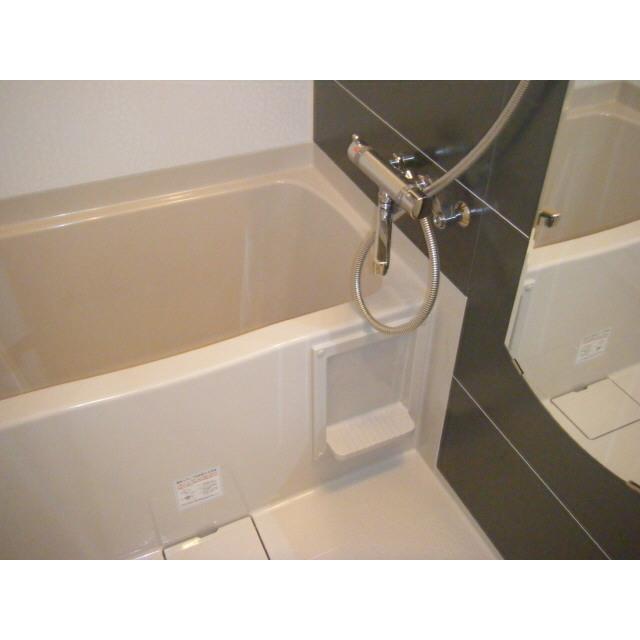 プレール・ドゥーク秋葉原Ⅱ 201号室の風呂