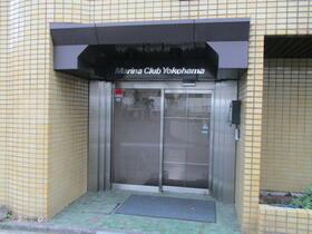 マリーナハウス横浜Ⅱ番館 413号室のエントランス