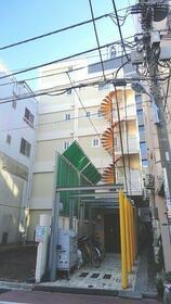 上野イースト 101号室の外観