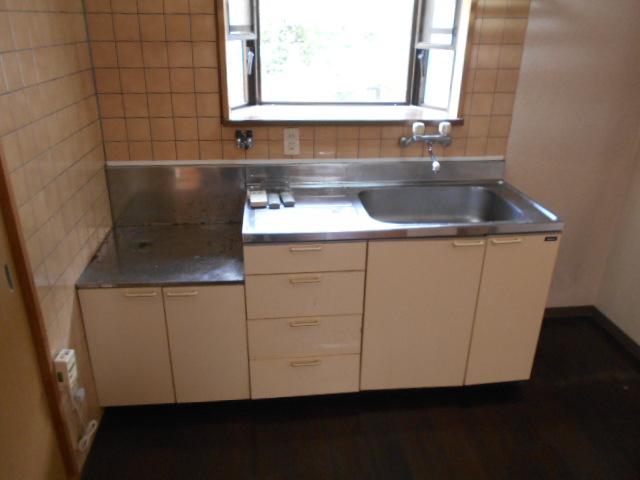 メープルYAMADA 101号室のキッチン