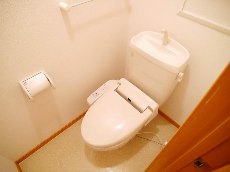 グランパラン A 02010号室のトイレ