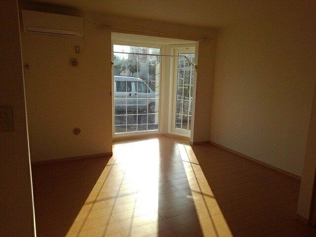 メゾンジオワイユⅠ 01010号室のキッチン