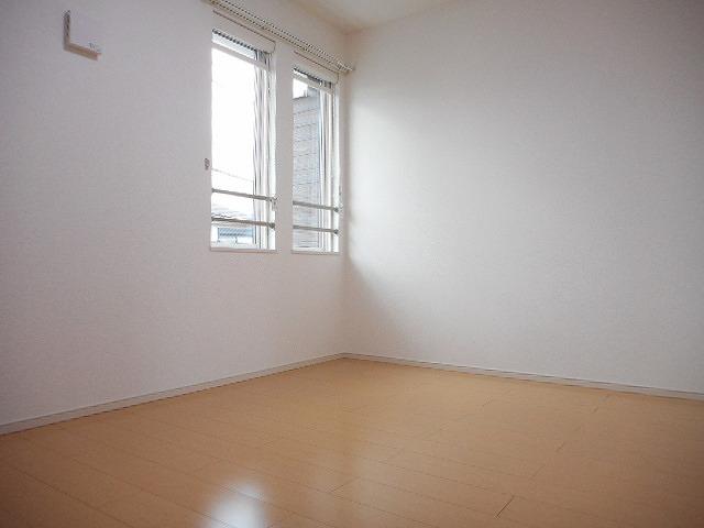カーサ プラシード 02020号室の居室