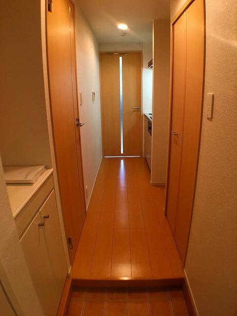 サンベルジュ目黒 03010号室の玄関