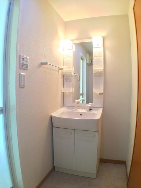 AmareMatumizaka 04020号室の洗面所