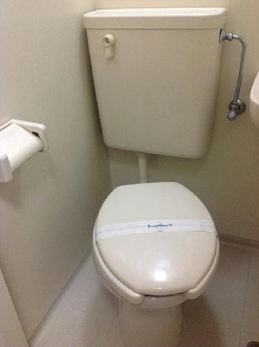 レオパレスIZUMI第2 203号室のトイレ