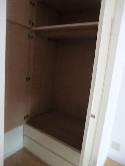 クラウディⅡ 101号室の収納