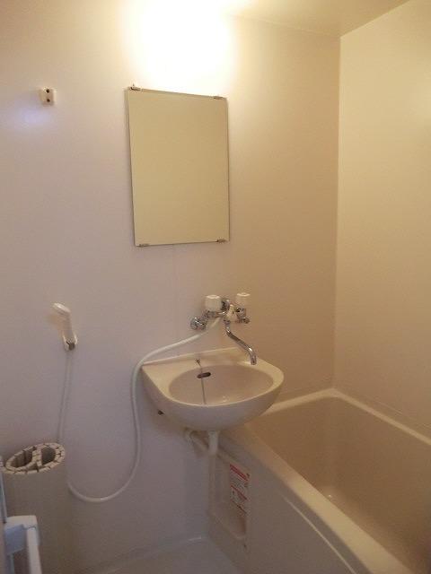 クラウディⅡ 101号室の風呂