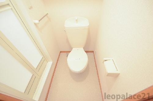 レオパレスコンフォート平松 109号室の風呂