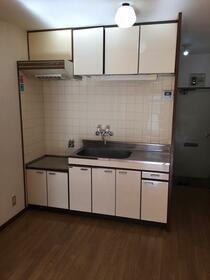 サンハイム 102号室のキッチン