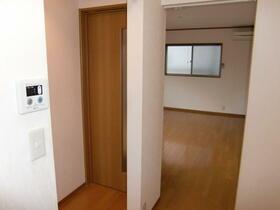 メゾン・ナナリ 101号室のキッチン