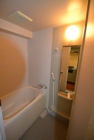 メゾンアンシャンテ 306号室の風呂