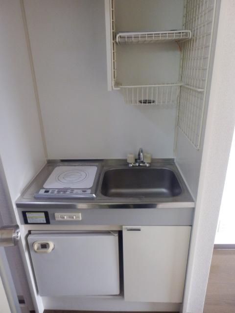 ファインコート等々力 403号室のキッチン