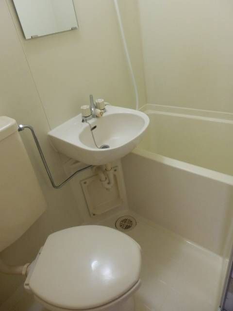 ファインコート等々力 403号室の風呂
