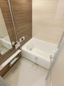 ドレッセ目黒大橋プレヴィ 507号室の風呂